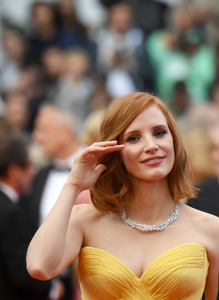 Jessica-Chastain-Giorgio-Armani-Gown-Had-Sweetest-Heart-Shaped-Neckline