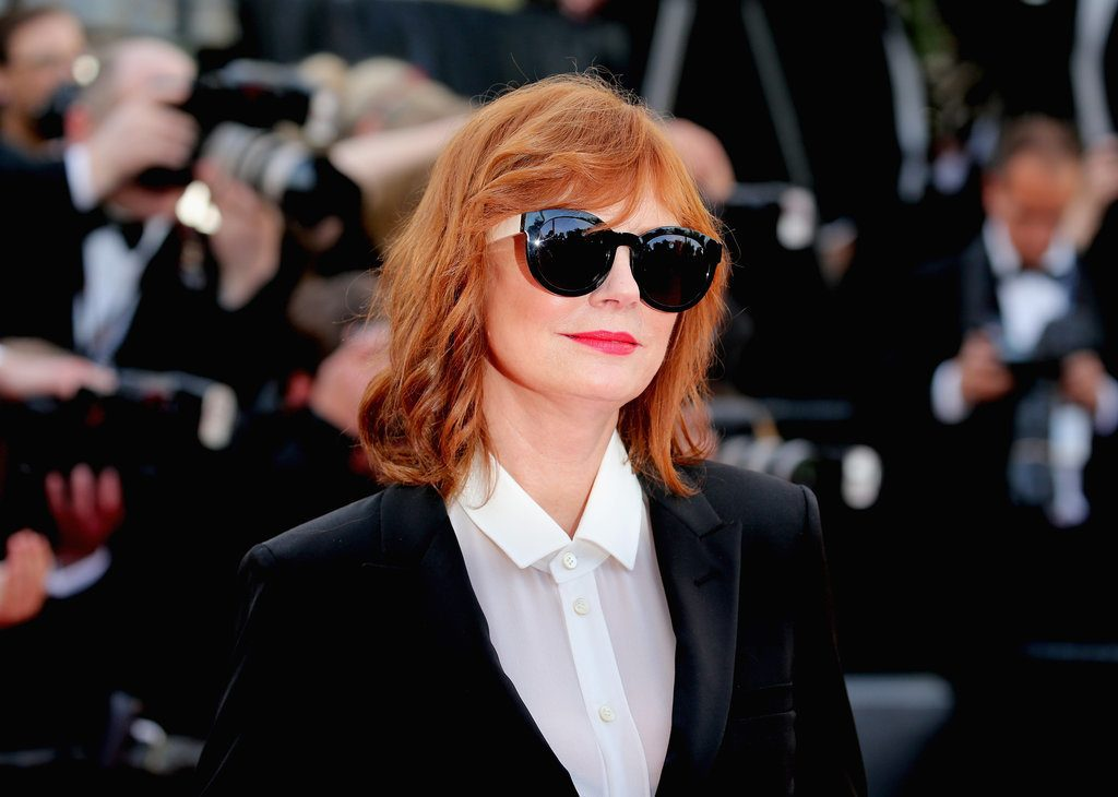 Susan-Sarandon-All-About-Shade-Her-Dark-Sunglasses