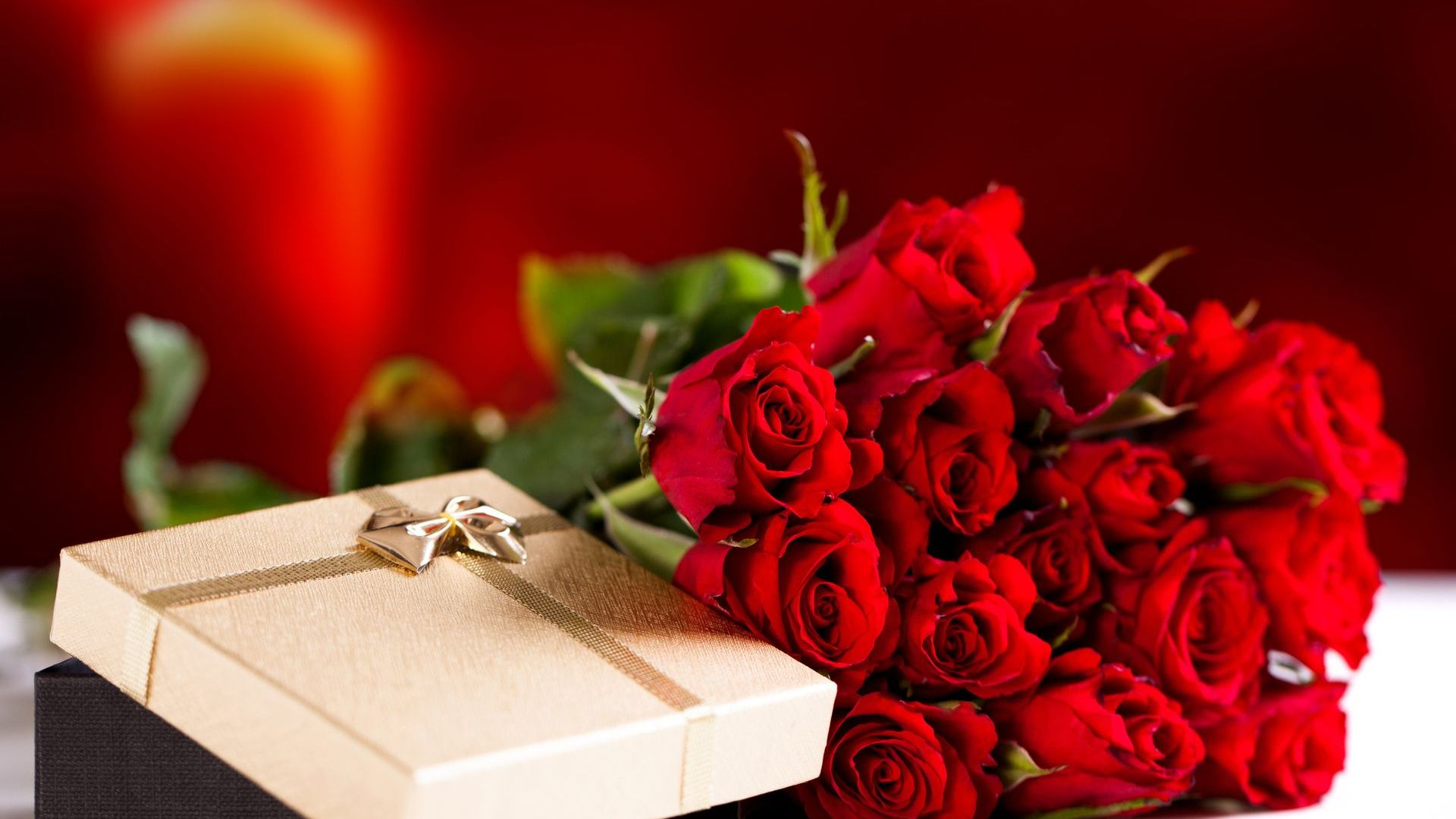 Valentine S Day Gift Ideas For Him Or Her House Of Solo Magazine